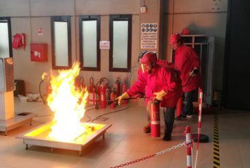 Corso Per Addetti Antincendio Svolto Presso Il Centro Di Formazione Ed Addestramento Lavoratori Parallelo45 In Provincia Di Piacenza