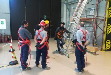 Corso Di Formazione Per Lavori In Quota Svolto Presso Il Centro Di Formazione Ed Addestramento Lavoratori Parallelo45 In Provincia Di Piacenza